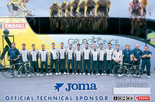 2002 - Joma inaugura su filial en Italia.